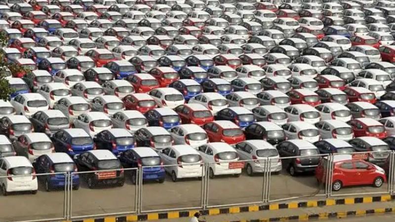 ओरालो लाग्यो भारतीय अटो बजार, कुन कम्पनीको बिक्री कति घट्यो