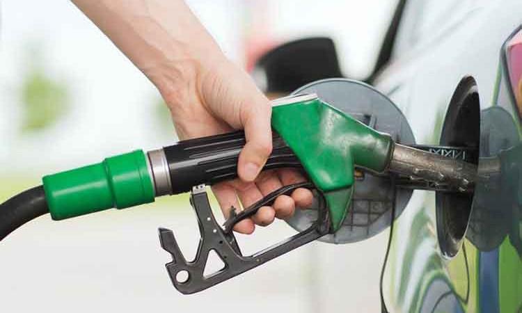 पेट्रोल, डिजेल र मट्टीतेल प्रतिलिटर १० रुपैयाँ सस्तियाे_img