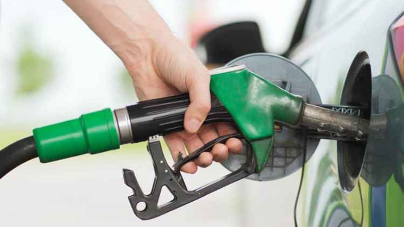 पेट्रोलियम पदार्थ विक्रीमा भारी गिरावट,  ५ दिनमा बिक्ने पेट्रोल बिक्न ४५ दिन लाग्यो_img