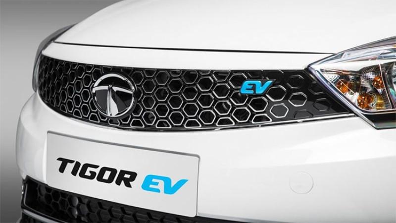 २२० किलोमिटर माइलेज दिने टाटाको पहिलो इलेक्ट्रीक कारको बिक्री सुरु