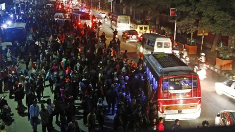 काठमाडौंमा रात्रीबस संचालनमा जुट्यो महानगर, बैशाखबाट होला सुरु_img