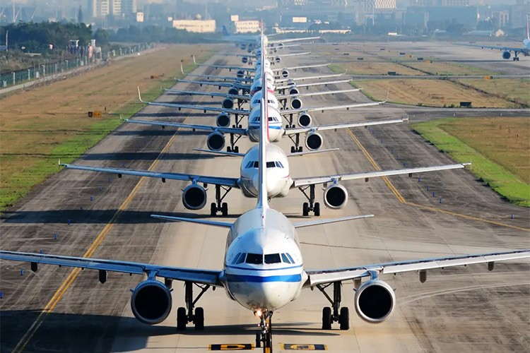 हवाई क्षेत्रले ४३० खर्व रुपैयाँ गुमाउने, यी हुन् संकटमा पर्ने एयरलायन्स कम्पनी_img
