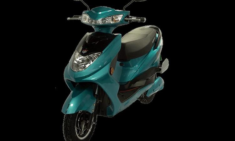 ओकिनवाको R30 इलेक्ट्रीक स्कुटर सार्वजनिक, चाँडै मोटरसाइकल पनि आउने_img
