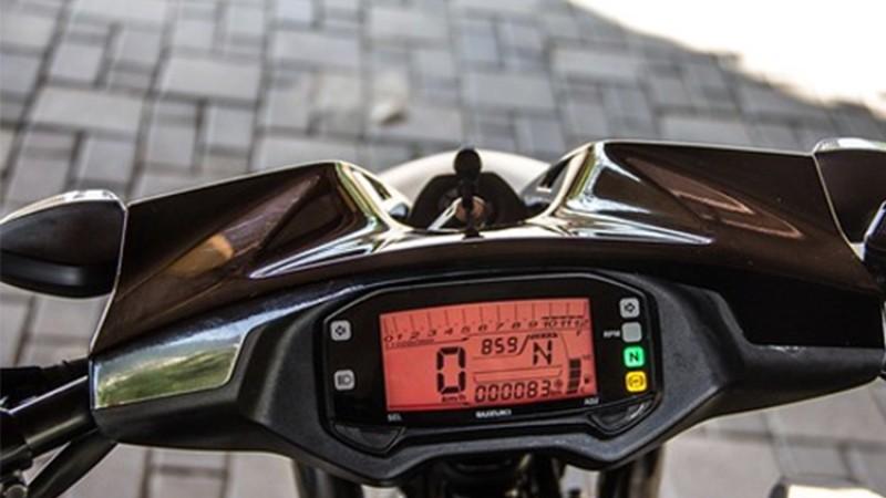 १५० सीसीको सुजुकी मोटरसाइकलमा ५० हजार नगद छुट