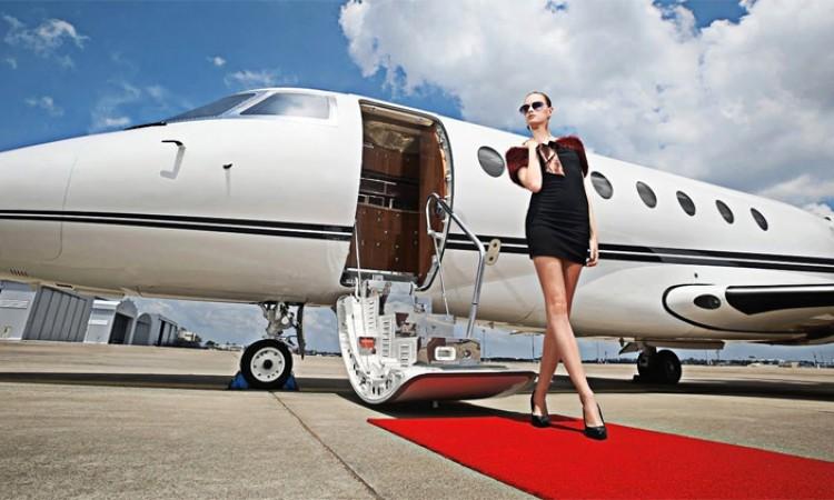 पैसा हुनेले निजी विमान किन्न पाउने_img