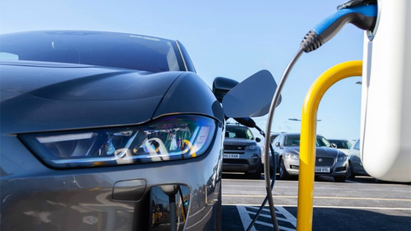 ६ मिनेटमै इलेक्ट्रीक कार चार्ज गर्न सकिने प्रविधिको विकास !