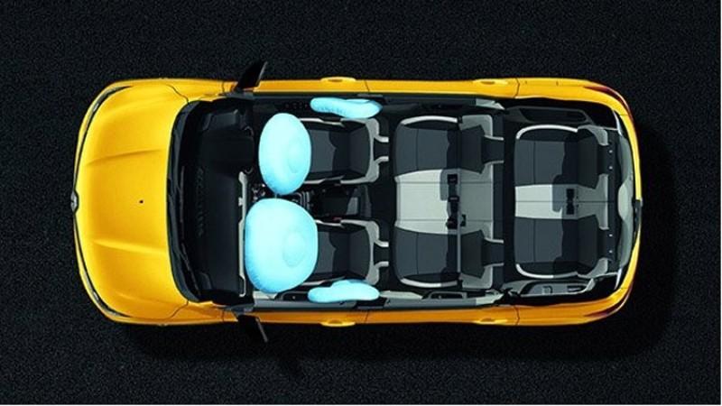 मासिक २२ हजारमा ७ सिट क्षमताको कार